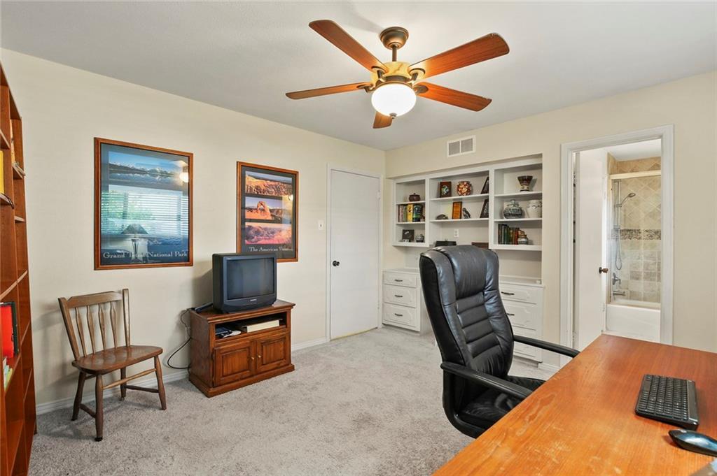 Dallas Real Estate | 7629 Tanglecrest Drive Dallas, Texas 75254 30