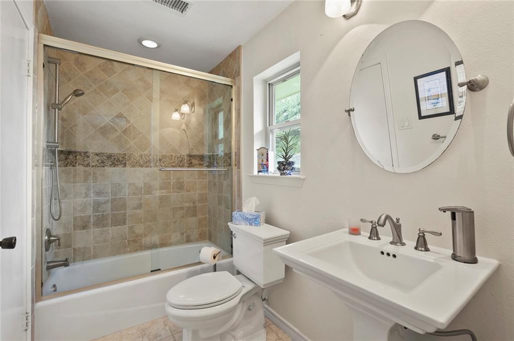 Dallas Real Estate | 7629 Tanglecrest Drive Dallas, Texas 75254 31