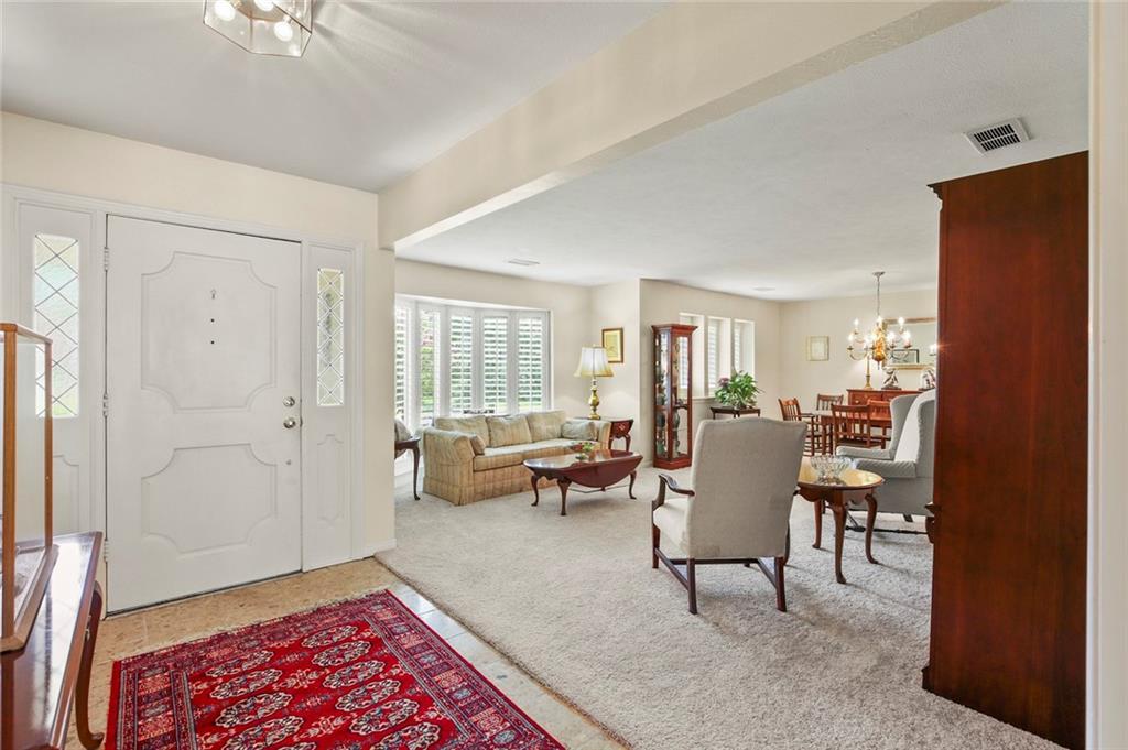 Dallas Real Estate | 7629 Tanglecrest Drive Dallas, Texas 75254 9