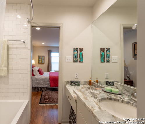 Active Option | 102 RUELLE  #204B San Antonio, TX 78209 12