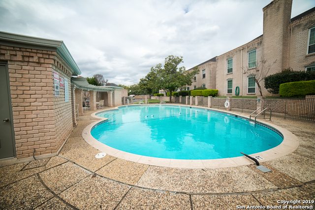 Active Option | 102 RUELLE  #204B San Antonio, TX 78209 20
