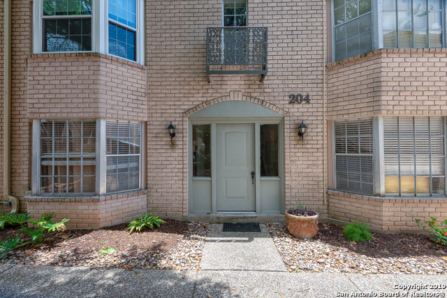 Active Option | 102 RUELLE  #204B San Antonio, TX 78209 24
