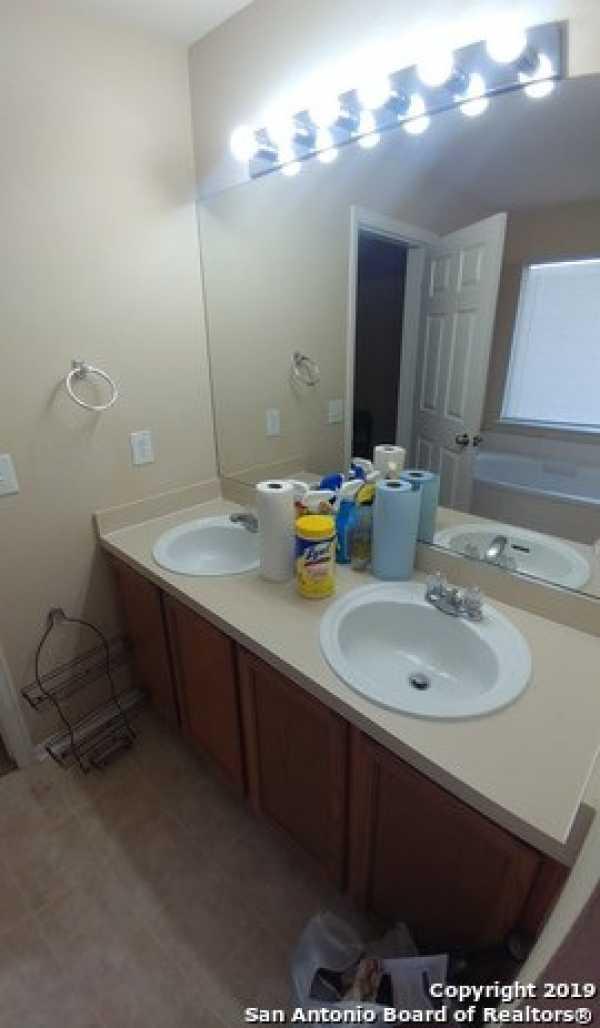 Property for Rent   10331 Goldcrest Mill  San Antonio, TX 78239 13