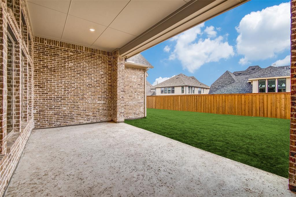 Active | 8951 Frostweed Road Frisco, TX 75035 18