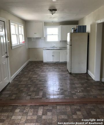 Property for Rent | 1003 PIEDMONT AVE  San Antonio, TX 78210 3