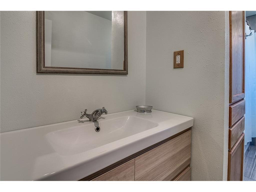 Sold Property | 9442 HUNTERS CREEK Drive Dallas, Texas 75243 3