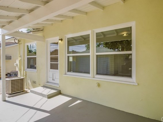 Closed | 360 Vine Avenue Upland, CA 91786 34