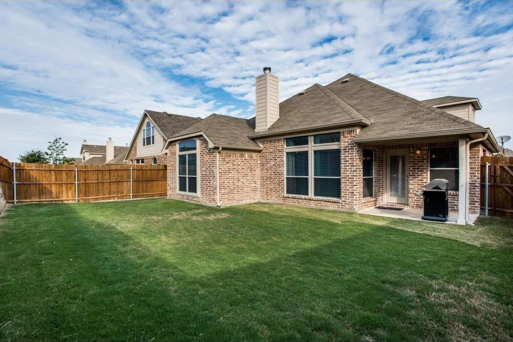 Housed Real Estate + Relocation | 2332 Elm Valley Drive Little Elm, Texas 75068 5