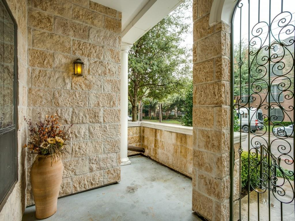 Sold Property | 8616 Turtle Creek Boulevard #102 Dallas, Texas 75225 6