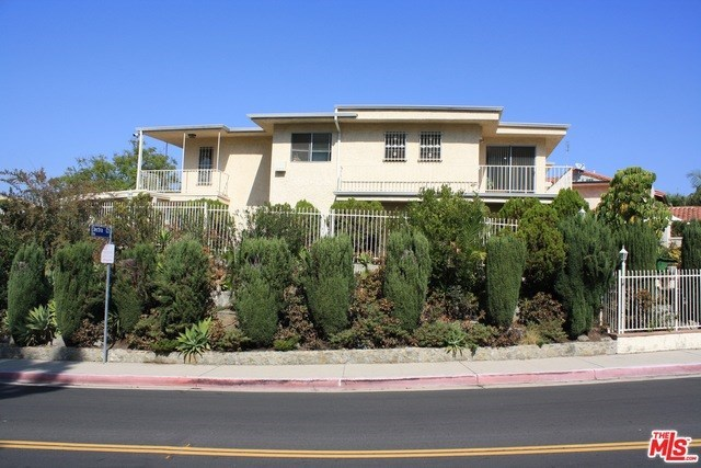 Closed | 7811 ELECTRA  Drive Los Angeles, CA 90046 1