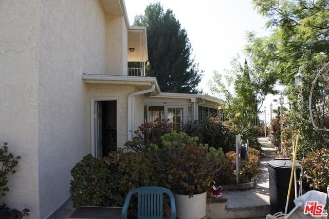 Closed | 7811 ELECTRA  Drive Los Angeles, CA 90046 32