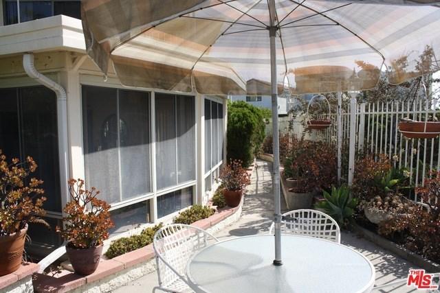 Closed | 7811 ELECTRA  Drive Los Angeles, CA 90046 33