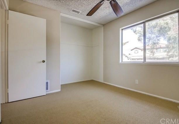 Closed | 15670 Jackson Drive Fontana, CA 92336 43