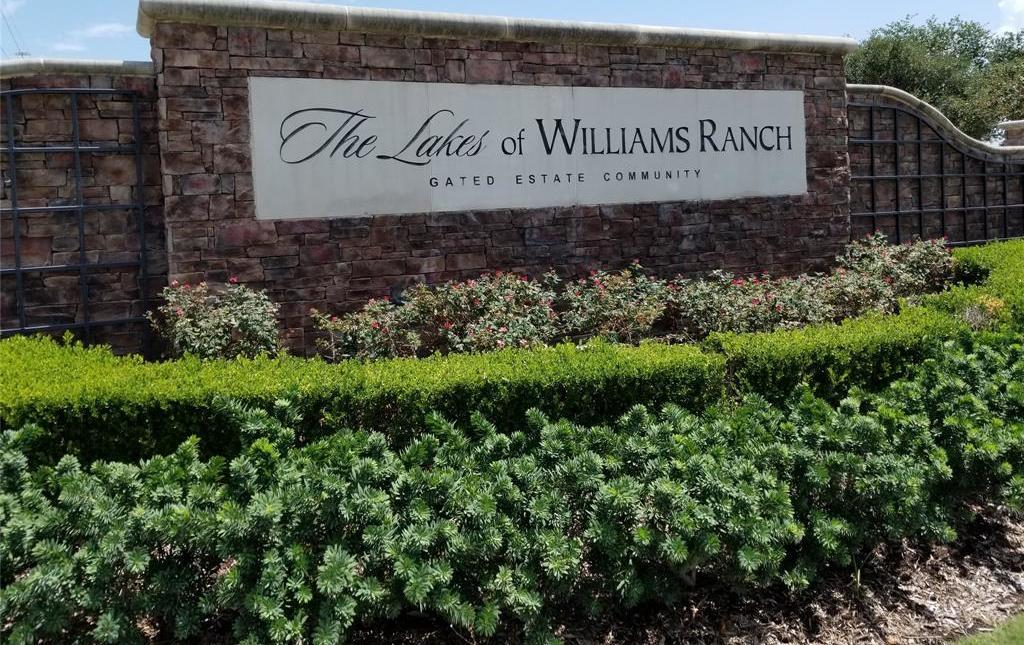 Active   22 Castle Terrace Lane Richmond, TX 77469 2
