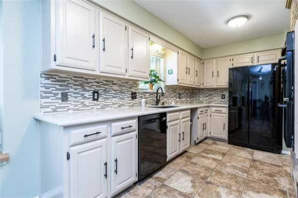 Sold Property   518 Hinsdale Drive Arlington, Texas 76006 13