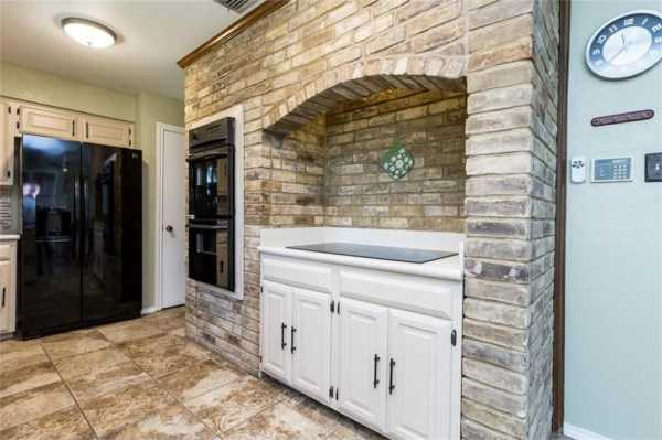 Sold Property   518 Hinsdale Drive Arlington, Texas 76006 15