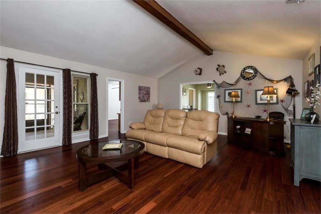 Sold Property   518 Hinsdale Drive Arlington, Texas 76006 8