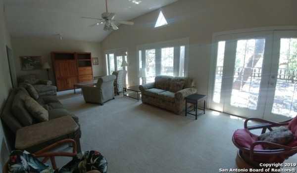 Property for Rent   25327 TRIANGLE LOOP  San Antonio, TX 78255 2