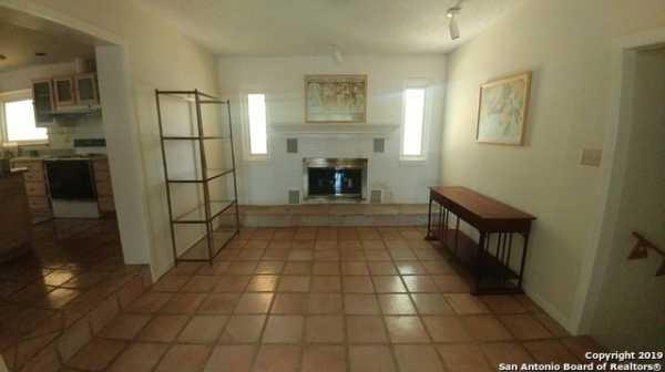 Property for Rent   25327 TRIANGLE LOOP  San Antonio, TX 78255 3