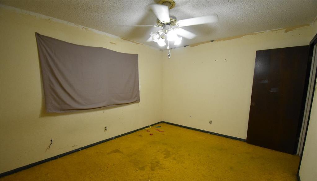 Active | 44 Navidad Street Bay City, TX 77414 17