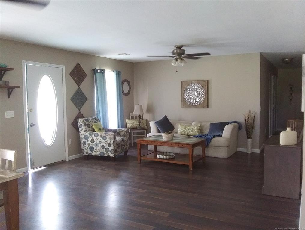 Homes for Sale in Mannford, OK Area | 42469 W 51st Street Jennings, OK 74038 3