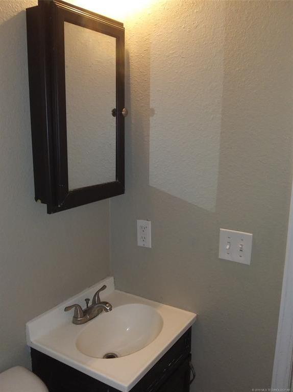 Homes for Sale in Mannford, OK Area | 42469 W 51st Street Jennings, OK 74038 12