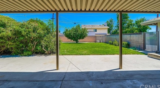 Active Under Contract | 1304 N 2nd Avenue Upland, CA 91786 30