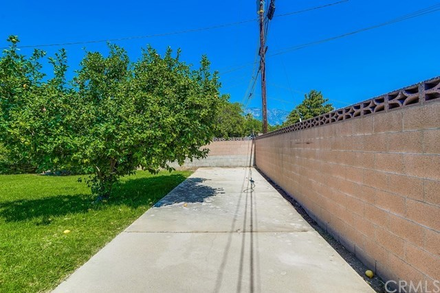Active Under Contract | 1304 N 2nd Avenue Upland, CA 91786 34
