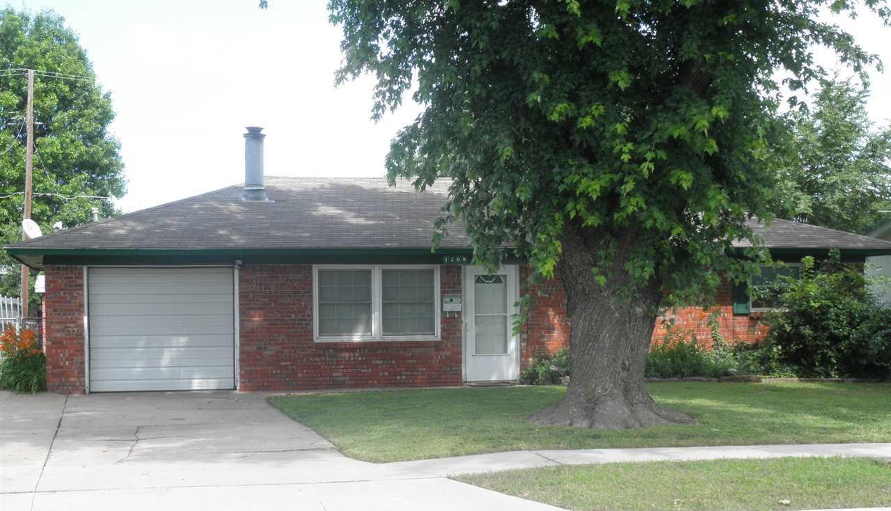 Sold Intraoffice W/MLS | 1209 N Ash Ponca City, OK 74601 0