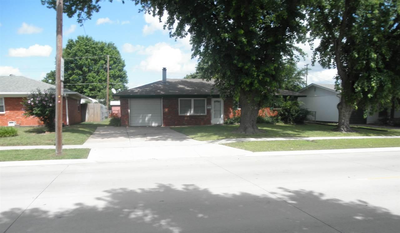 Sold Intraoffice W/MLS | 1209 N Ash Ponca City, OK 74601 1