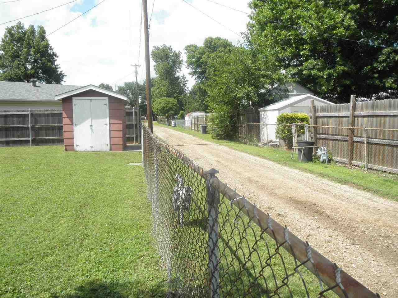 Sold Intraoffice W/MLS | 1209 N Ash Ponca City, OK 74601 15