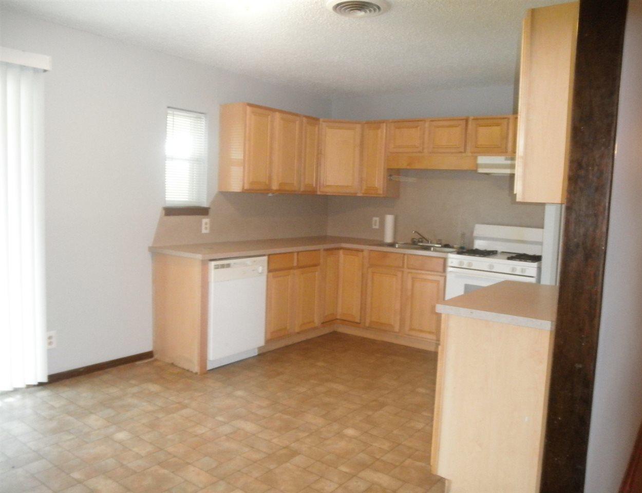 Sold Intraoffice W/MLS | 1209 N Ash Ponca City, OK 74601 3