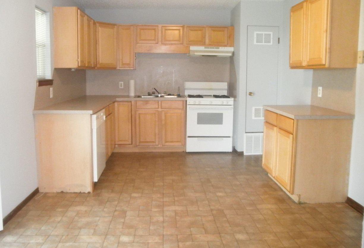 Sold Intraoffice W/MLS | 1209 N Ash Ponca City, OK 74601 4