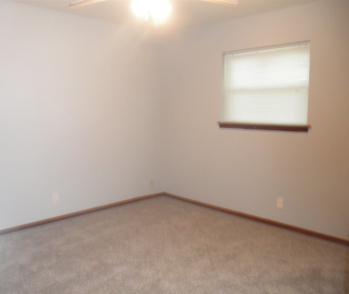 Sold Intraoffice W/MLS | 1209 N Ash Ponca City, OK 74601 7