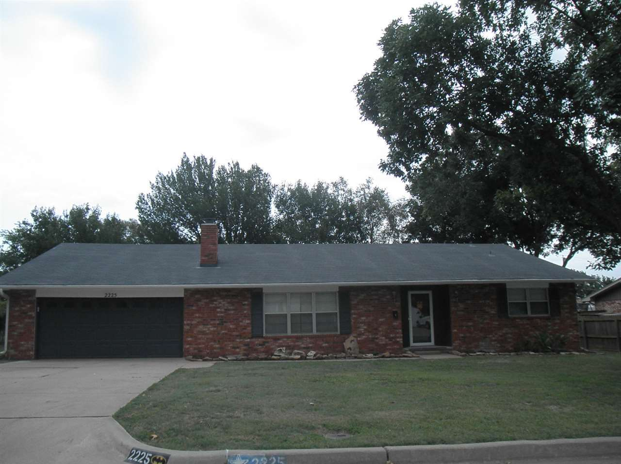 Sold Cross Sale W/ MLS | 2225 Garden Ponca City, OK 74601 0
