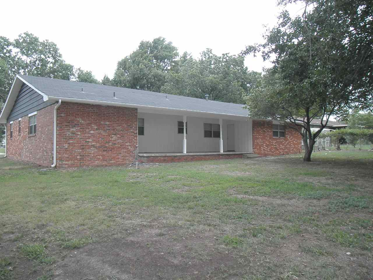 Sold Cross Sale W/ MLS | 2225 Garden Ponca City, OK 74601 18