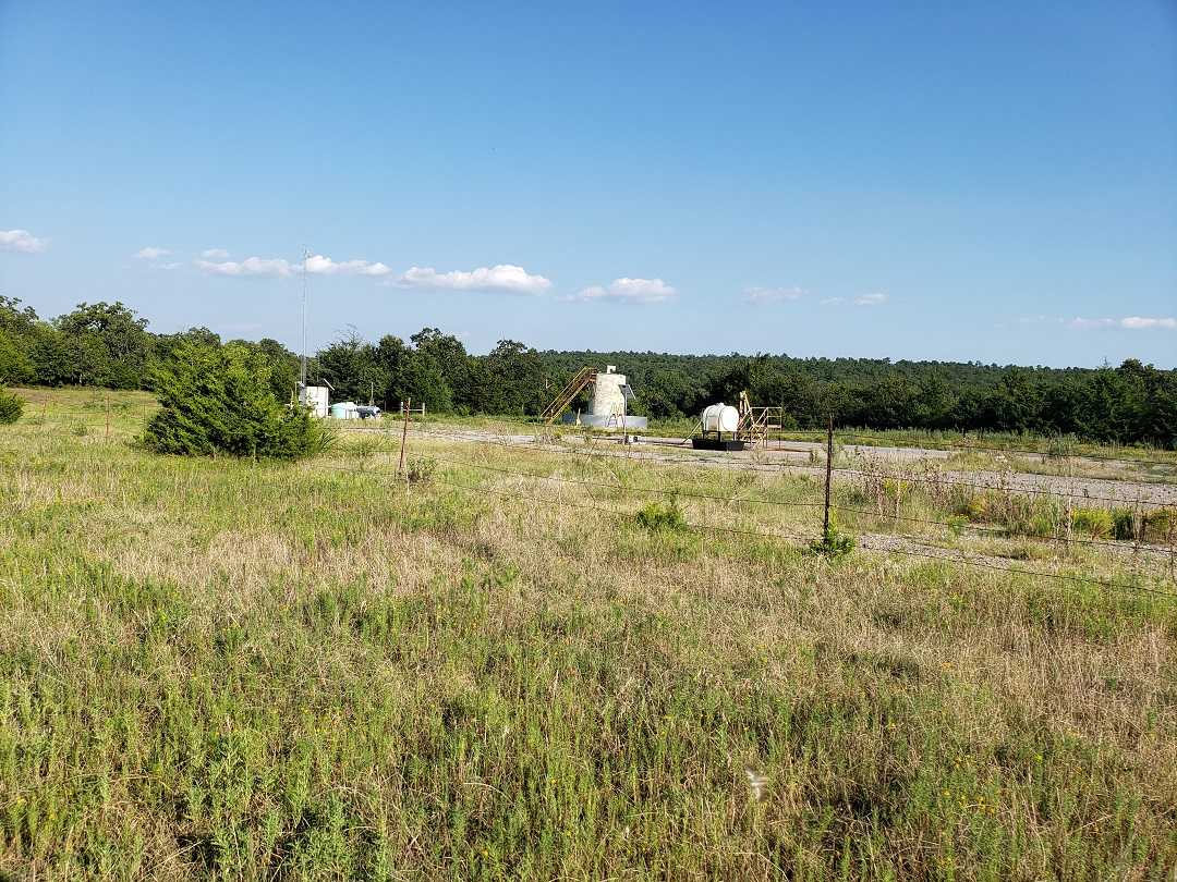 hunting land, deer OK, land OK, mixed ranch, ponds, utilities | Holsten Ln Wilburton, OK 74578 41