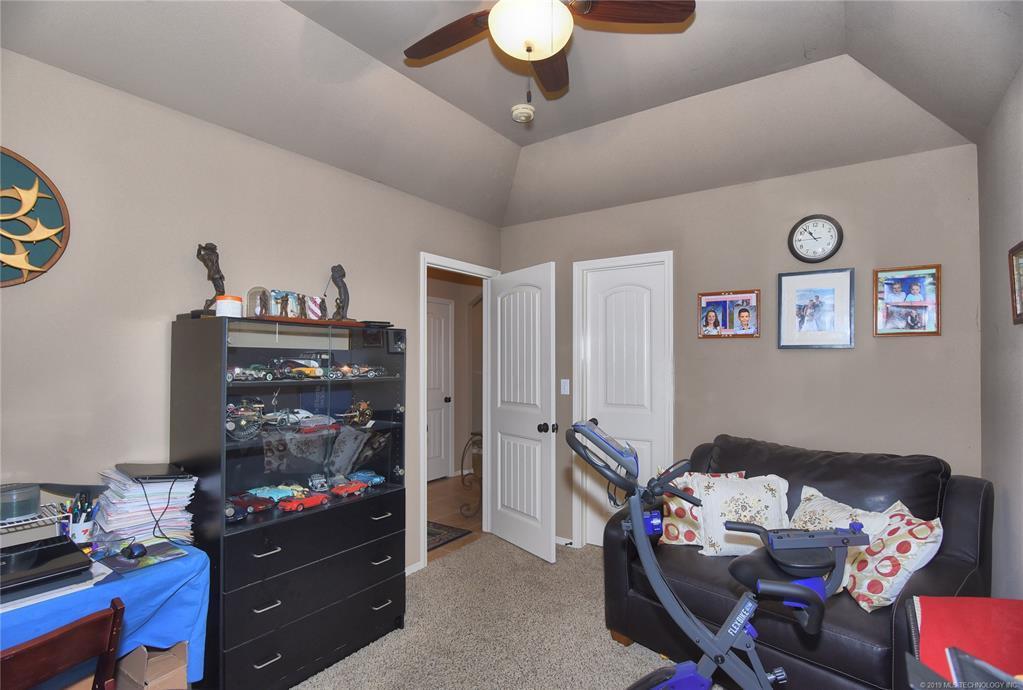 Active | 8409 N 77th East Avenue Owasso, Oklahoma 74055 13
