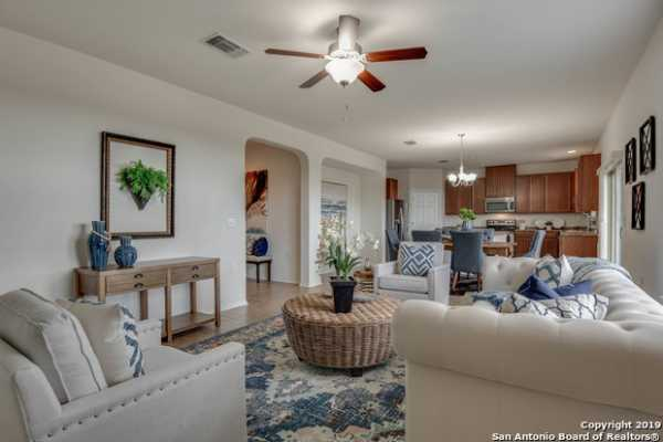Active | 7431 Magnolia Bluff  San Antonio, TX 78218 17