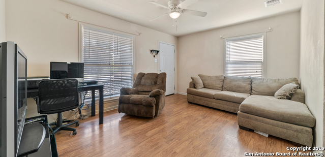 Active Option | 227 CORAL AVE  San Antonio, TX 78223 6