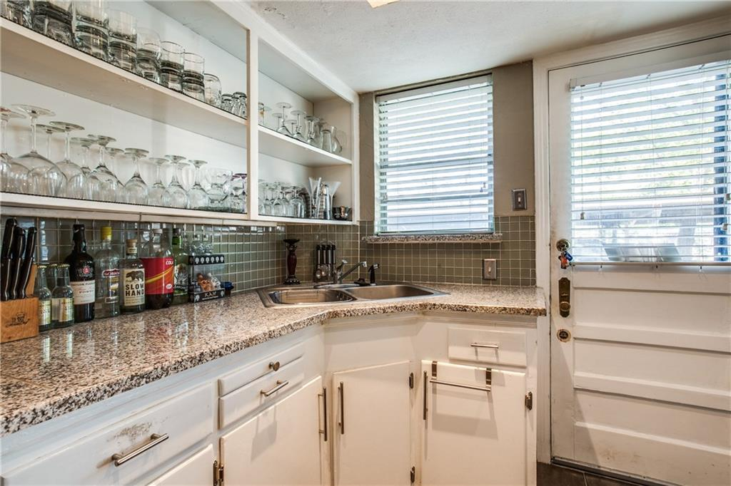 Sold Property   4825 N Central Expy Dallas, Texas 75205 5
