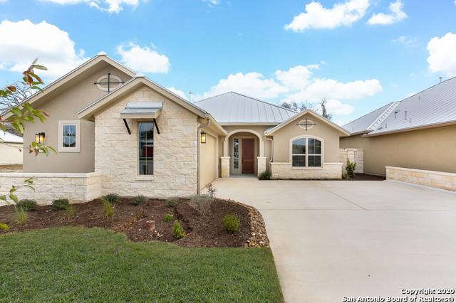 Active | 426 Knoll Springs Boerne, TX 78006 23