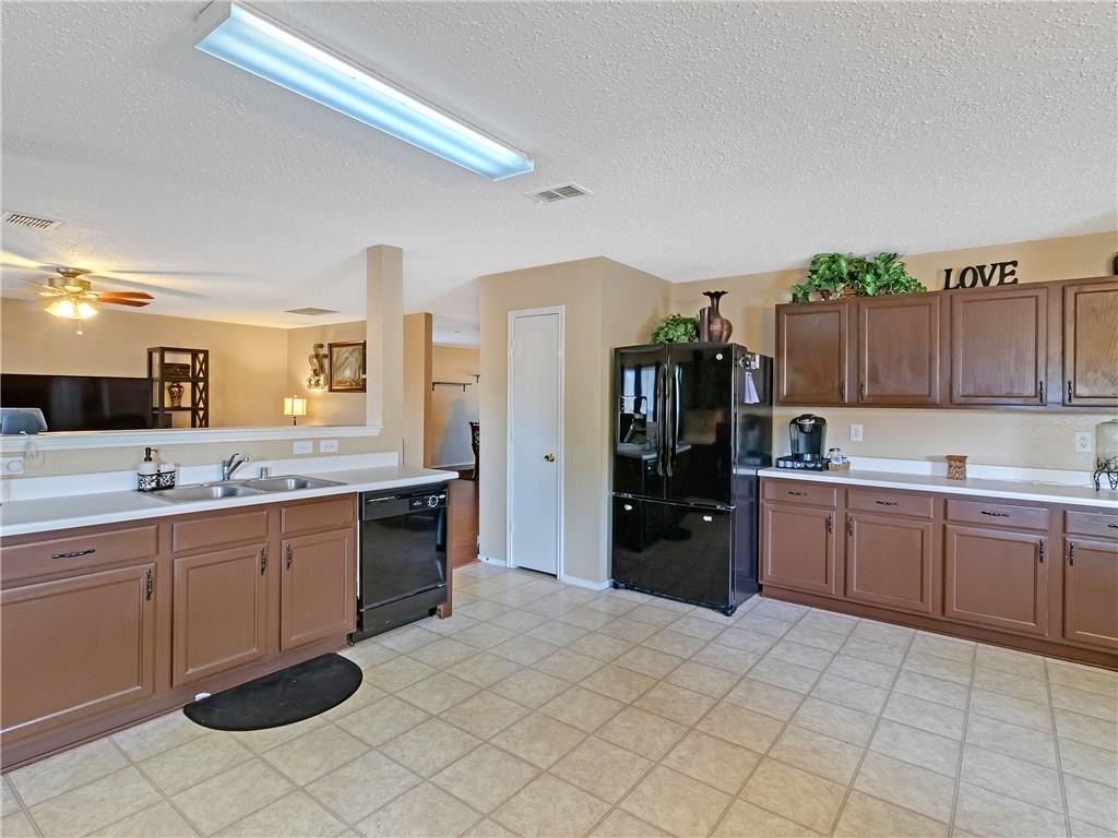 Sold Property | 6039 Susanna Drive Grand Prairie, TX 75052 15