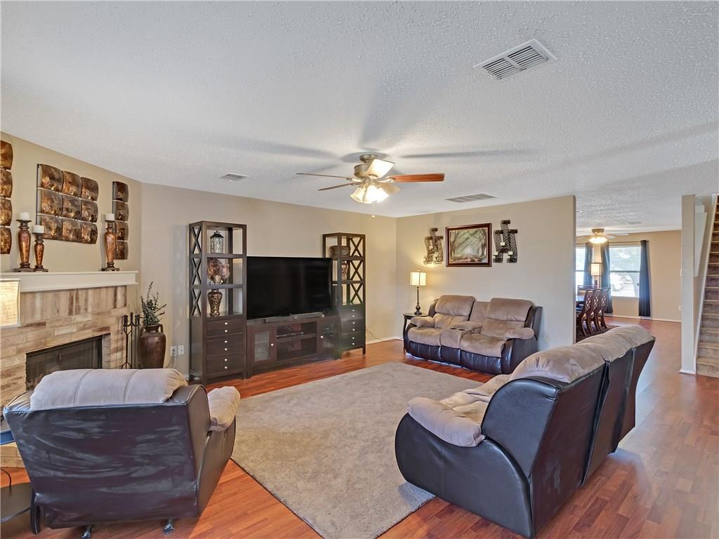 Sold Property | 6039 Susanna Drive Grand Prairie, TX 75052 10