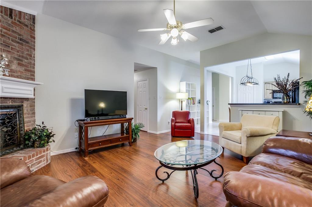 Sold Property | 7740 Briarstone Court Fort Worth, TX 76112 12