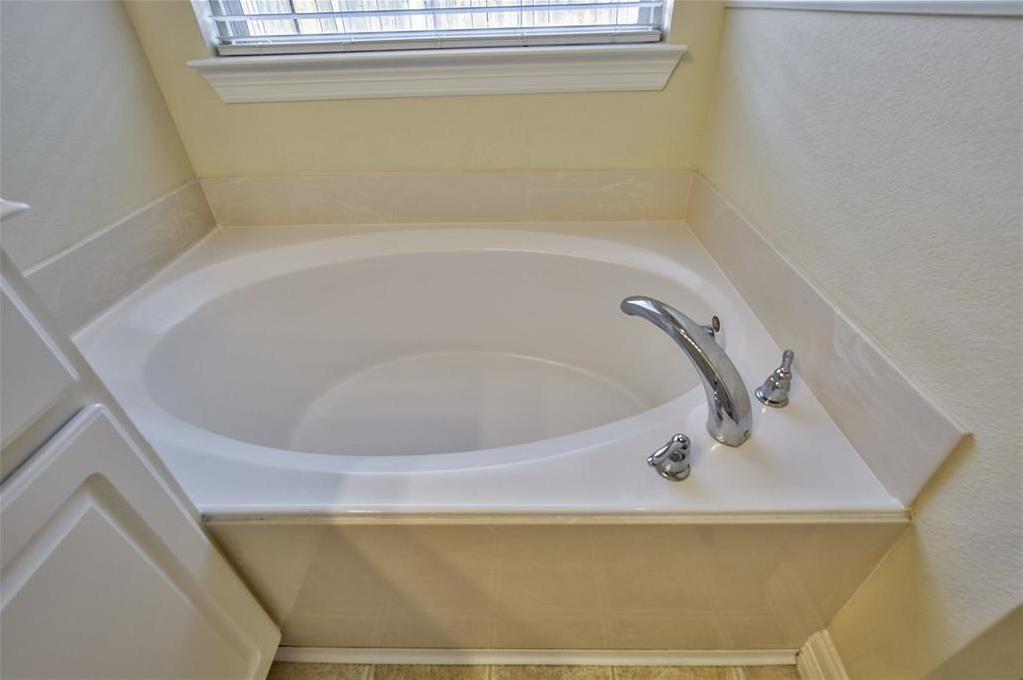 Sold Property | 812 Hummingbird Drive Little Elm, TX 75068 26