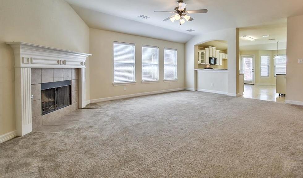 Sold Property | 812 Hummingbird Drive Little Elm, TX 75068 5