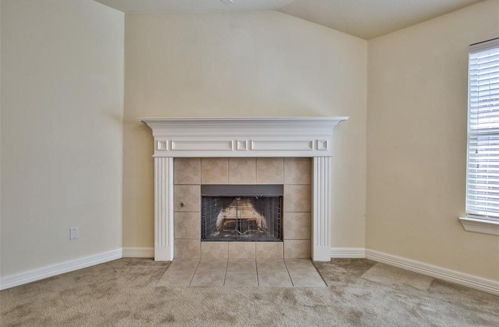 Sold Property | 812 Hummingbird Drive Little Elm, TX 75068 6