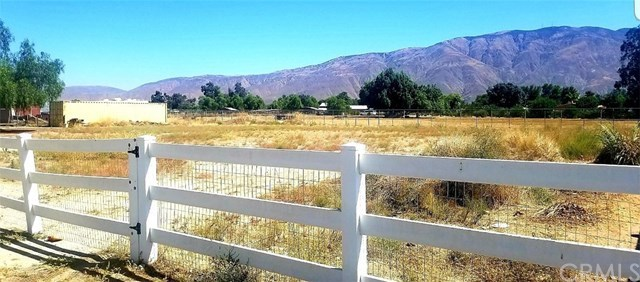 Closed | 1227 N De Anza Drive San Jacinto, CA 92582 1