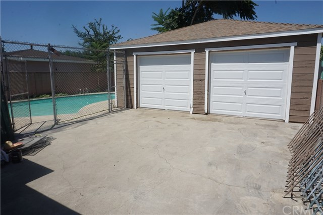 Closed | 4057 Santa Ana Street Huntington Park, CA 90255 14